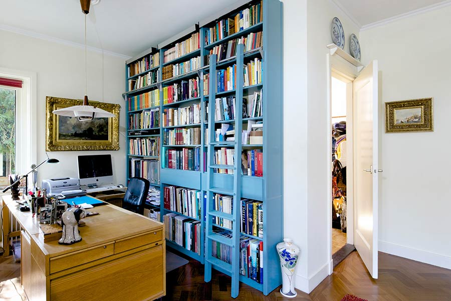 Boekenkasten met deuren boekenkast met deuren wit maatwerk in