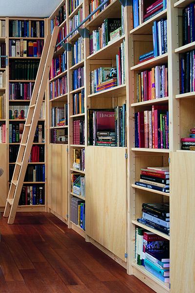 u haalt met een lundia original boekenkast een mooie degelijke kast in huis u koopt dan ook een boekenkast voor het leven